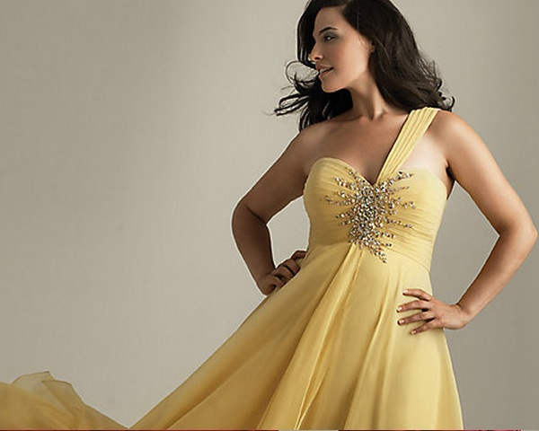 Plus Size Formal Gowns Amazing From Promgirls Cheap Formal Dresses
